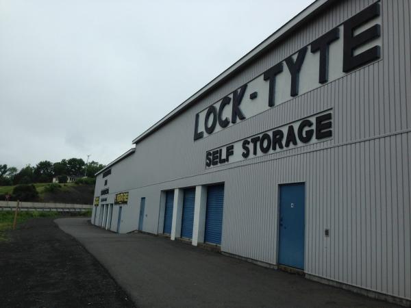 Lock Tyte Self Storage - Photo 3