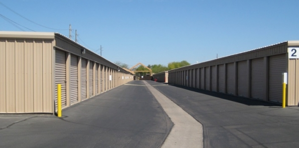 San Tan Self Storage - Photo 14