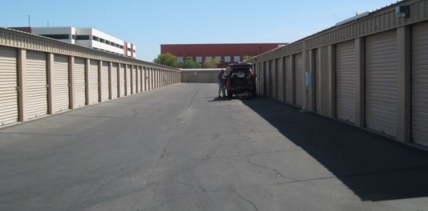 San Tan Self Storage - Photo 15