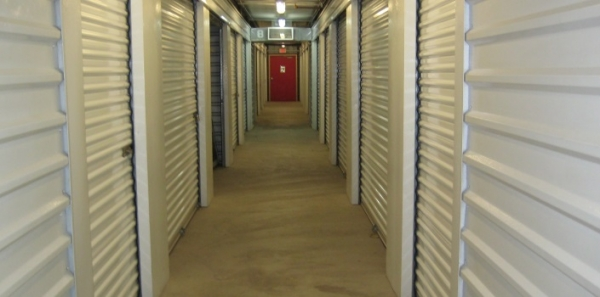 Gilbert Self Storage - Photo 6