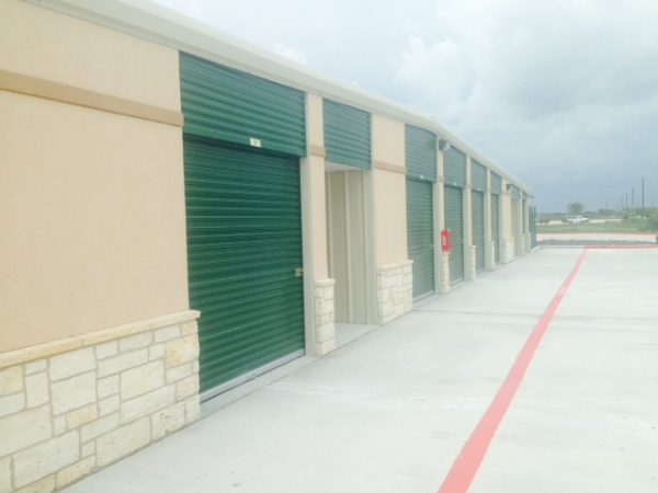 Pearland Storage @ Southfork - Photo 3