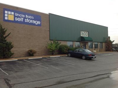Uncle Bob's Self Storage - St. Louis - 1600 Woodson Road - Photo 1