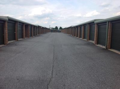 Uncle Bob's Self Storage - Mechanicsburg - 4751 Westport Drive - Photo 3