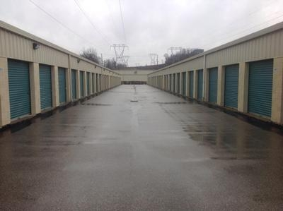Uncle Bob's Self Storage - King Of Prussia - 318 South Henderson Road - Photo 5