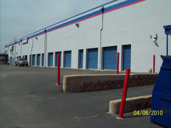 AAAA Self Storage - Arlington - Photo 3