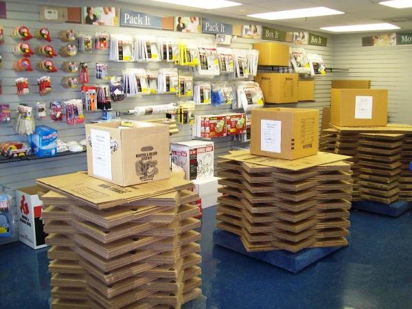 USA Self Storage - Photo 3