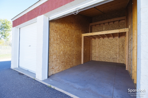 Blaine Self Storage - Photo 12