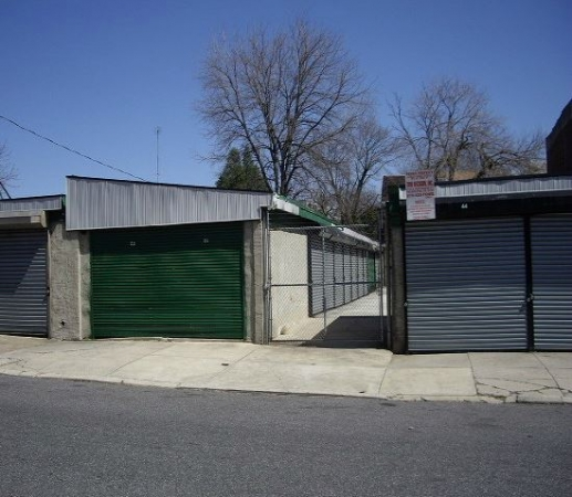 Garages Org - 6th Street - Photo 4