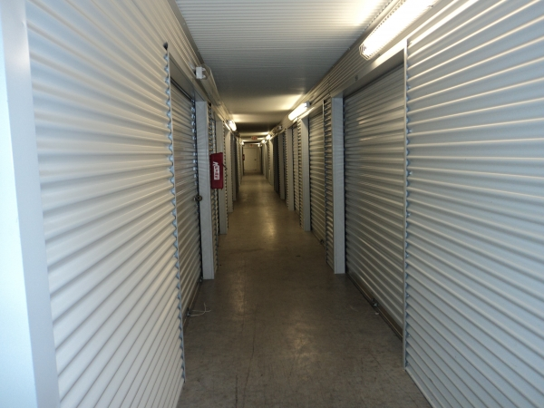 LockTite Storage - Pasadena - Photo 5