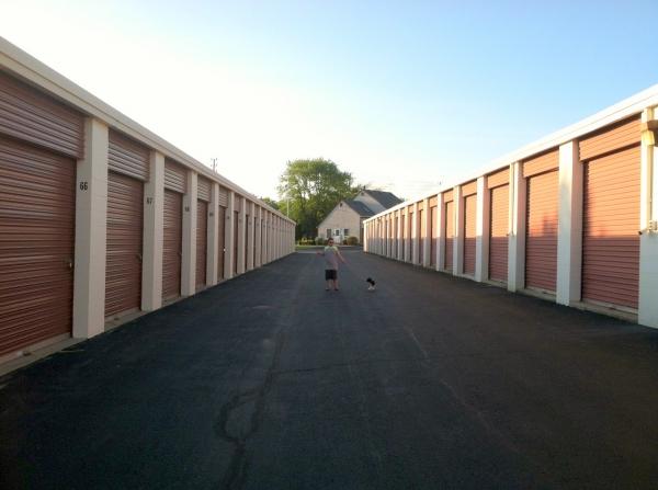 Newport Mini Storage Center - Photo 7