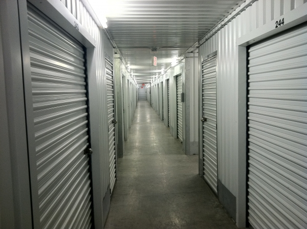 LifeStorage of Westchase - Photo 5