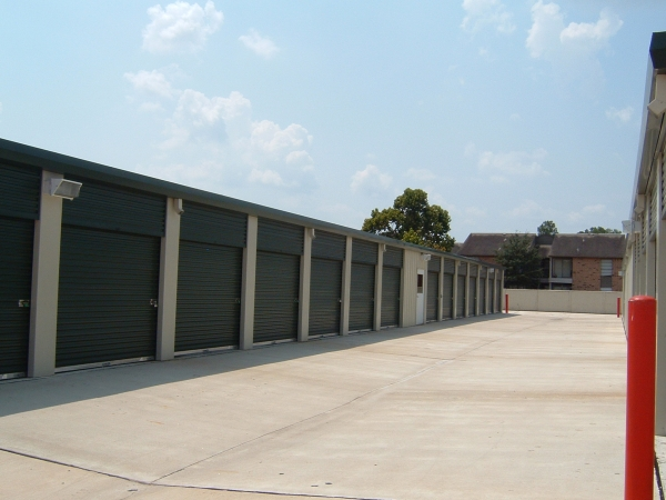 LifeStorage of Westchase - Photo 2