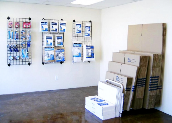A Lotta Storage Mail - Tucson - Photo 5