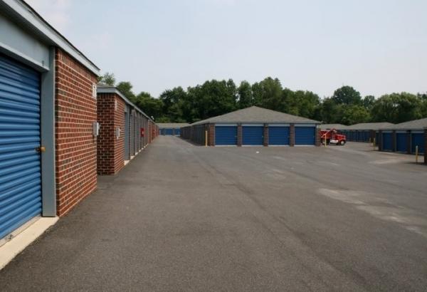 US Storage Centers - Baltimore - Photo 2