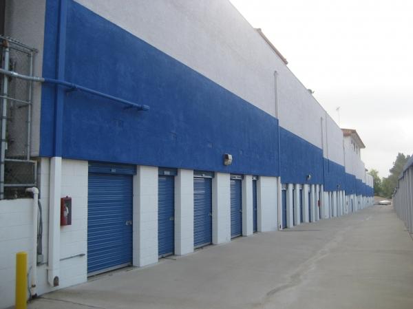 US Storage Centers - La Crescenta - Photo 7