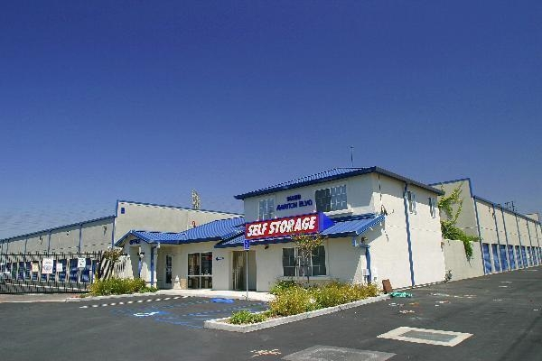 US Storage Centers - South Bay - Photo 2