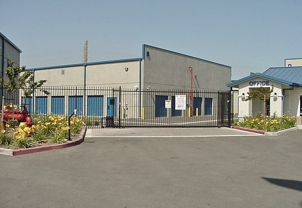 US Storage Centers - Hawthorne - Photo 3