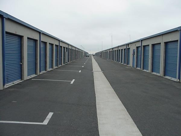 US Storage Centers - Torrance - Photo 3