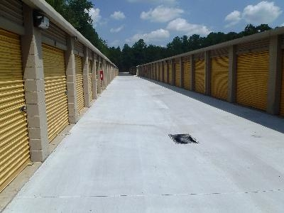 Uncle Bob's Self Storage - Riverdale - Highway 138 SW - Photo 3
