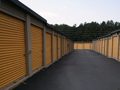 Uncle Bob's Self Storage - Marietta - Canton Rd - Photo 3
