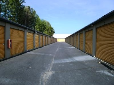 Uncle Bob's Self Storage - Riverdale - Highway 85 - Photo 6