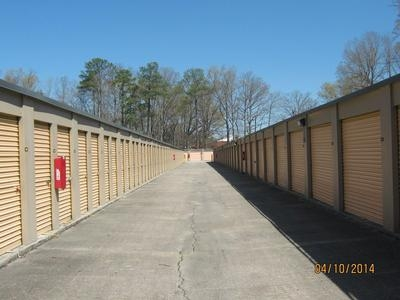 Uncle Bob's Self Storage - Newport News - Jefferson Ave - Photo 4
