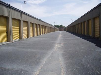 Uncle Bob's Self Storage - Pensacola - E Fairfield Dr - Photo 4