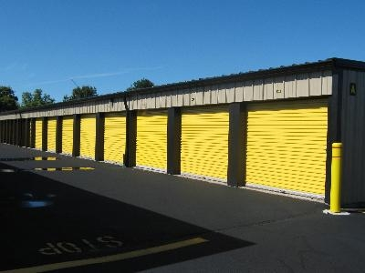 Uncle Bob's Self Storage - Suffield - Photo 3
