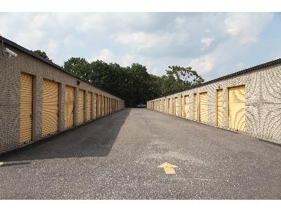 Uncle Bob's Self Storage - Richmond - Photo 3