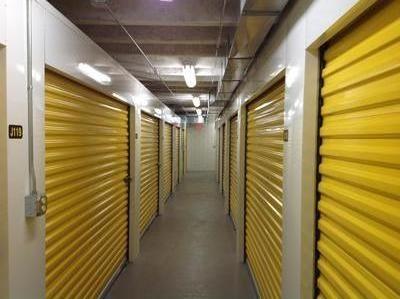 Uncle Bob's Self Storage - Cleveland - Neff Rd - Photo 7
