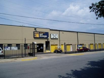 Uncle Bob's Self Storage - Dallas - 9450 Hargrove Dr - Photo 1