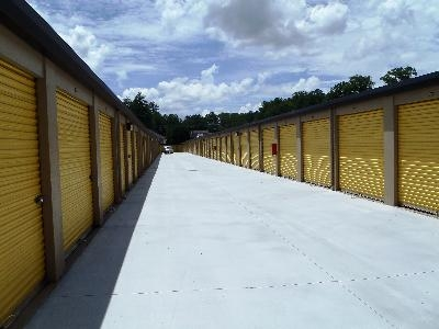 Uncle Bob's Self Storage - Atlanta - Tilly Mill Rd - Photo 2