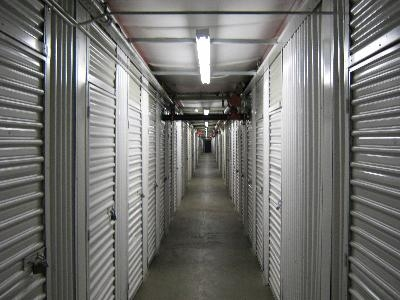 Uncle Bob's Self Storage - Salem - Highland Ave - Photo 5