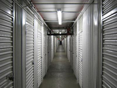 Uncle Bob's Self Storage - Salem - Highland Ave - Photo 6