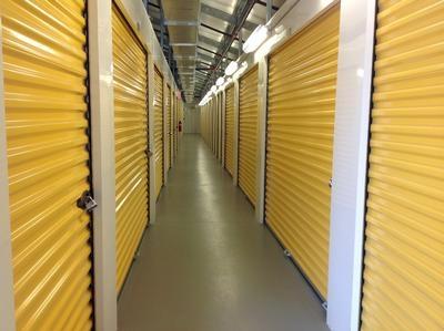 Uncle Bob's Self Storage - East Greenwich - S County Trl - Photo 6