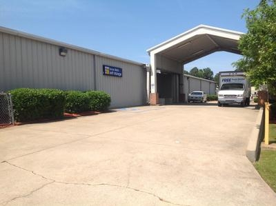 Uncle Bob's Self Storage - Jackson - I-55 N - Photo 1