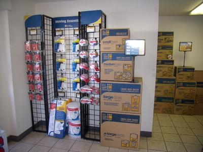 Uncle Bob's Self Storage - Phoenix - W Camelback Rd - Photo 5