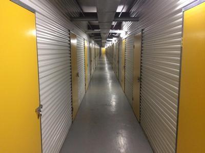 Uncle Bob's Self Storage - League City - E Main St - Photo 3