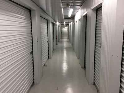 Uncle Bob's Self Storage - League City - E Main St - Photo 5