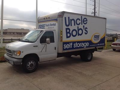 Uncle Bob's Self Storage - Houston - Highway 6 S - Photo 4