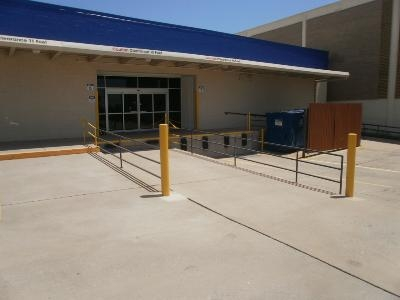 Uncle Bob's Self Storage - Dallas - Harry Hines Blvd - Photo 6