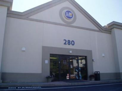 Uncle Bob's Self Storage - Stamford - Fairfield Ave - Photo 1