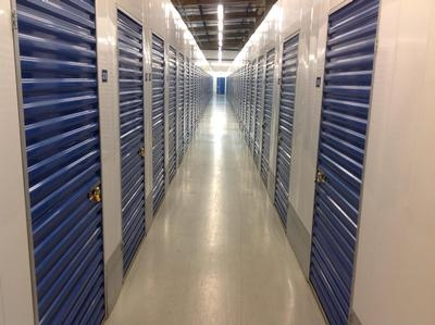 Uncle Bob's Self Storage - Stamford - Fairfield Ave - Photo 7