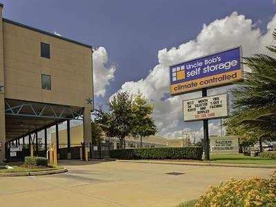 Uncle Bob's Self Storage - Houston - Bissonnet St - Photo 7