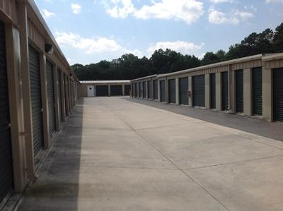 Uncle Bob's Self Storage - Marietta - Austell Rd - Photo 6