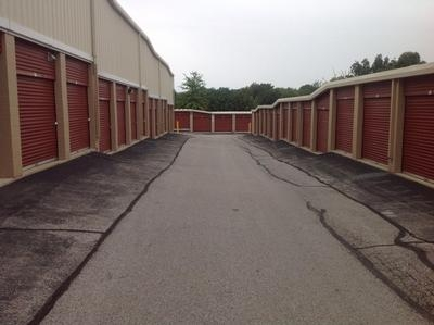 Uncle Bob's Self Storage - Bridgeton - Photo 3
