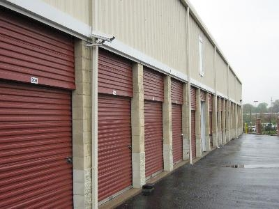 Uncle Bob's Self Storage - St Louis - Manchester Ave - Photo 6