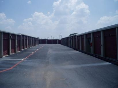 Uncle Bob's Self Storage - Arlington - Little - Photo 3