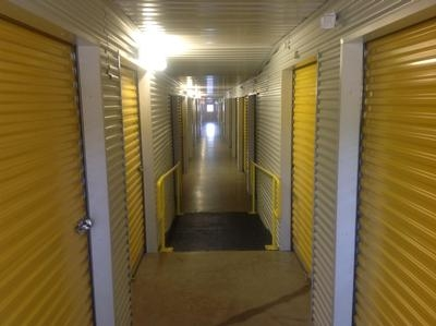 Uncle Bob's Self Storage - Fort Worth - Granbury Rd - Photo 3