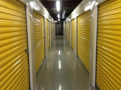 Uncle Bob's Self Storage - Lafayette - NE Evangeline Thwy - Photo 3